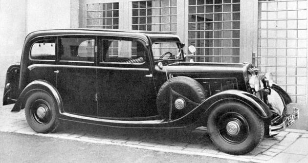 Prostorná šestimístná limuzína Wikov 40 v provedení zroku 1934