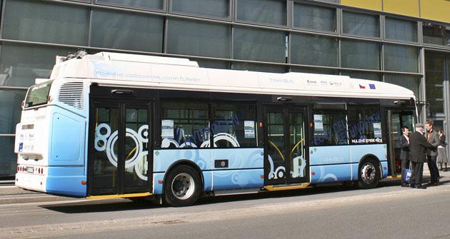 Autobus na vodíkový pohon, který jezdí vČeské republice
