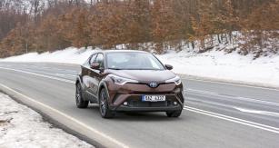 Toyota C-HR vynikáoriginálním anápaditým designem karoserie, smazávajícím hranice mezi crossovery a kupé