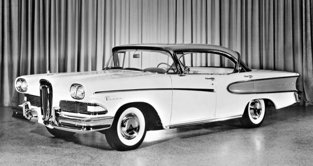 Koncern Ford uvádí novou řadu Edsel ve třech rozvorech, 2998mm (Ranger a Pacer), 3150mm (Corsair a Citation) a2947 mm (STW). Délka (v pořadí verzí rozvoru) 5413/5557/5218 mm, šířka 2001/2027/1958 mm. Karoserie rozmanité, dvou- ačtyřdveřové, uzavřené iotevřené.