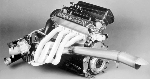 Úspěšný čtyřválec BMW 1.5 Turbo pro formuli 1, odvozený ze sériového motoru!