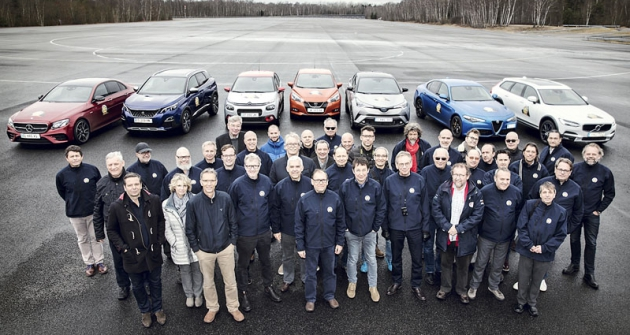 Sedm finalistů aporota Car of the Year při posledním testování sedmi finalistů volby COTY 2017 na testovací trati CERAM vMortefontaine  (20. – 21. 3. 2017)
