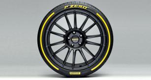 Různé členění dezénu, použité materiály ikonstrukce umožňují přizpůsobit pneumatiku konkrétnímu výrobci