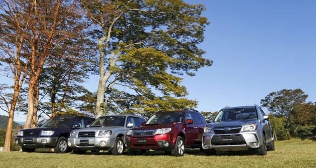 Během dvaceti let se objevily čtyři generace Subaru Fotester
