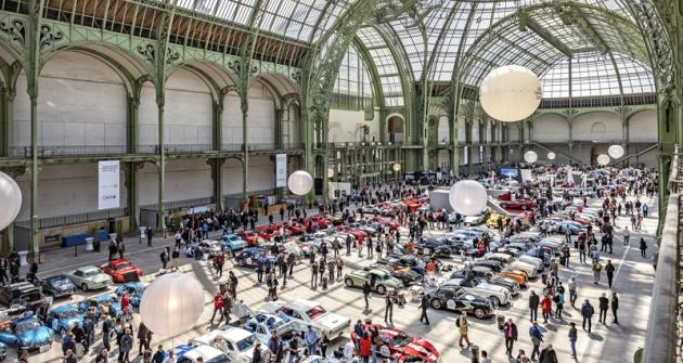 Veřejnost si mohla závodní stroje prohlédnout v pondělí 24. 4. v Grand Palais vPaříži. V úterý se vyráželo na dlouhou cestu Francií