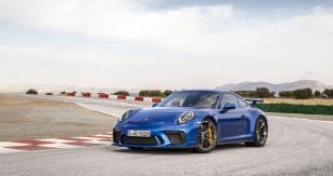Verze 911 GT3 je integrována do širší karoserie verzí s pohonem všech kol (vzadu +44 mm)