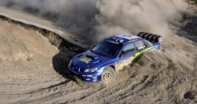 Petter Solberg za volantem Imprezy WRC ročníku 2007 v mexické rally