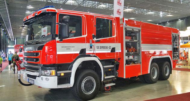 CAS 30/9000/540-S2Z Scania P440 6x6 z THT