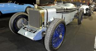 Závodní Delage typu 2 LCV (přestavěné na evoluční verzi Stade 3) se dochovalo ve Velké Británii (1924 – 1925, vůz Roberta Benoista)