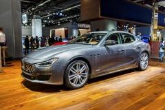 Maserati Ghibli se po čtyřech letech dočkalo modernizace, a to hlavně v technice. Výkon motoru V6 3,0 l narostl na 316 kW (430 k)