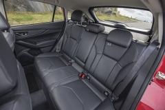 Zadní sedadla poskytují skvělý komfort ajsou snadno přístupná široce otevíratelnými dveřmi