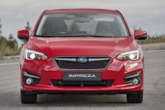 """Tvar LED zdrojů prodenní svícení má podle Subaru připomínat pozici pístů vpřídi podélně uložených motorů """"boxer"""""""