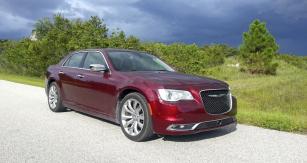 Chrysler 300 v provedení Limited modelového roku 2018