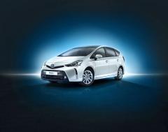 Toyota Prius+ nabízí uvnitř až sedm míst
