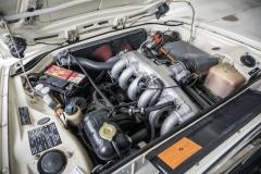 Řadový šestiválec M30 se stal základem nabídky BMW pro dalších téměř 30 let. Vyniká výkonem 200 k atočivým momentem 272 N.m. Jeho síla je podmanivá