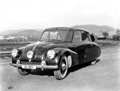 Tatra 87 s rádiem ashrnovací střechou, údajně určená pro policii (1939)
