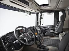 Kabina G řady XT smanuální převodovkou