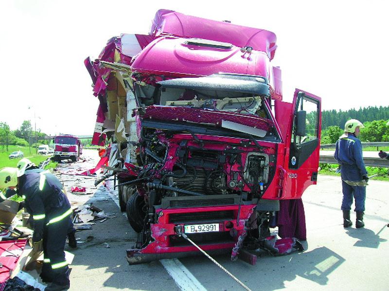 Dopravní nehody amorální odpovědnost zaně jsou stejné vjakékoliv době.