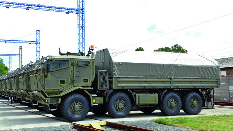 Kpohonu vozidel slouží originální vzduchem přímo chlazený motor Tatra T3C-928-90 smaximálním výkonem 300 kW při 1800 min-1, Euro III.