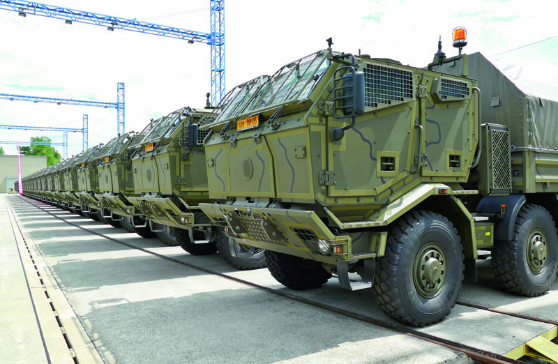 Modifikovaný filtroventilační systém pro čtyřdveřovou pancéřovanou kabinu konstrukčně zajistil VTÚ Vyškov (Vojenský technický ústav Vyškov).