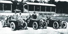 Tým Alfa Romeo pro GP Itálie vMonze 1923: Antonio Ascari, Ugo Sivocci aGiuseppe Campari.