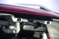 Systém EyeSight sdvojicí kamer je nově k dispozici pro zážehový dvoulitr spřevodovkou Lineartronic