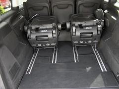 mb-Díky upevnění sedadel vlištách je interiér velmi variabilní