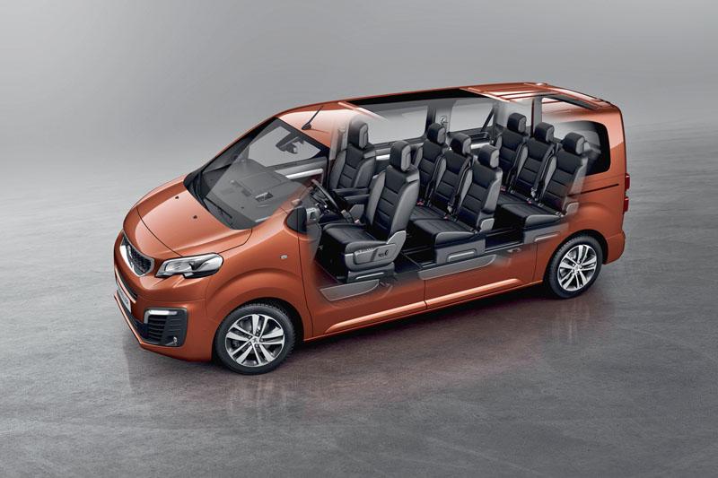 peugeot-Průhled do interiéru velmi dobře ukazuje rozmístění sedadel vzákladní verzi