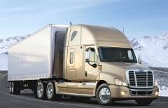 Freightliner Cascadia, vlajková loď značky saerodynamicky optimalizovanou přídí asníženou spotřebou nafty