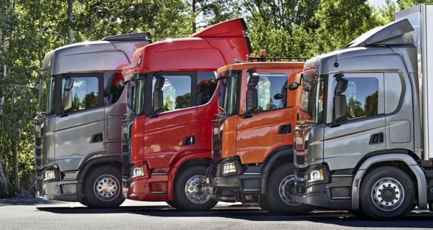 Vozy Scania XT s různými kabinami, značenými podle velikosti G, P, R a S
