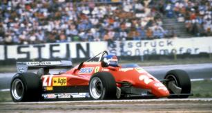 Patrick Tambay (Ferrari 126 C2 Turbo) vyhrál na Hockenheimringu vsrpnu 1982 průměrnou rychlostí 209,90 km/h