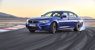 p90272991-highres-the-new-bmw-m5-08-20 120819