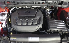 Dvoulitrový čtyřválec – větší motor ještě Polo GTI nemělo, anemá jej anižádný zkonkurentů