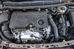 Vznětová šestnáctistovka potěší zejména nízkou spotřebou paliva. Hodnoty kolem 5l/100 km nejsou příliš velký problém