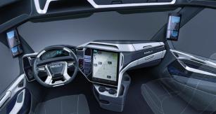 Jak by se vám líbilo pracovat v takovém prostoru?  Je zde o 30 % více místa než ve standardní kabině standardního silničního tahače a velká, jeden a dvaceti palcová dotyková obrazovka.