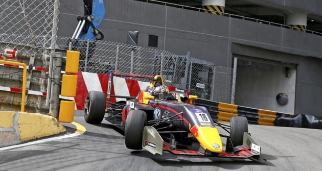 Dan Ticktum (Dallara F317 VW) vyhrál prestižní Grand Prix Macau 2017