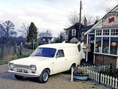 Verze panel van sloužila jako užitkový vůz pro převoz zboží. Měla větší brzdy a tužší listová pera