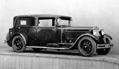 Solitér: výstavní sedan Škoda 860 vprovedení faux-cabriolet zpodzimu 1929
