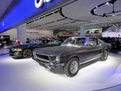 Ford Mustang Bullitt, originál zroku 1968, ajeho moderní nástupce modelového roku2019