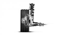 Přední zavěšení s dělenou těhlicí omezuje přenos sil do volantu při akceleraci