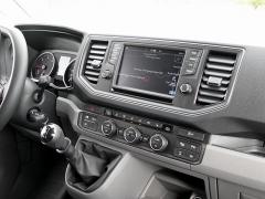 """Pracoviště řidiče s dotykovým displejem 8"""" informačního a navigačního systému"""