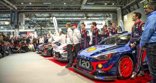 Na autoshow v Birminghamu se odehrálo oficiální představení všech týmů a posádek pro letošní sezónu