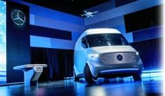 Mercedes-Benz byl připraven již vloni. Letos se očekává první praktický krok.