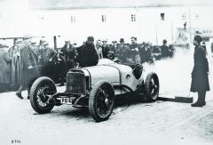 Druhé, přepracované provedení šestiválce Z6V (Z2) zroku 1929 spřeplňováním dvěma kompresory Roots nastartu Zbraslav-Jíloviště.