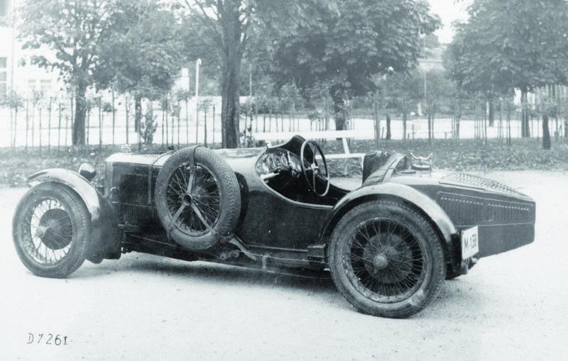 Sportovní vůz S30, snímž absolvoval K. T. Divíšek první ročník mezinárodních závodů naMasarykově okruhu vBrně vroce 1930.