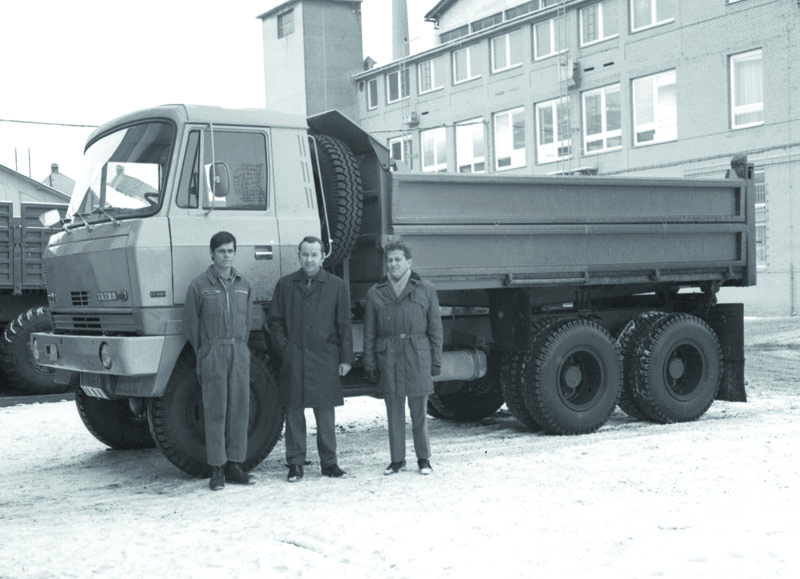 Ing.Milan Galia uprvního prototypu T 815 S3.