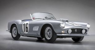 Druhý nejdražší vůz z loňských aukcí: Ferrari 250 GT LWB California Spyder Competizione zroku 1959