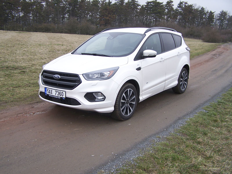 Ford Kuga 2.0 TDCi Powershift 4x4 ST-Line