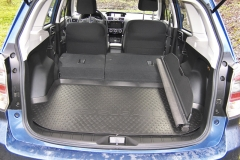 Subaru – Po sklopení opěradel druhé řady získáte až 1,5 m3