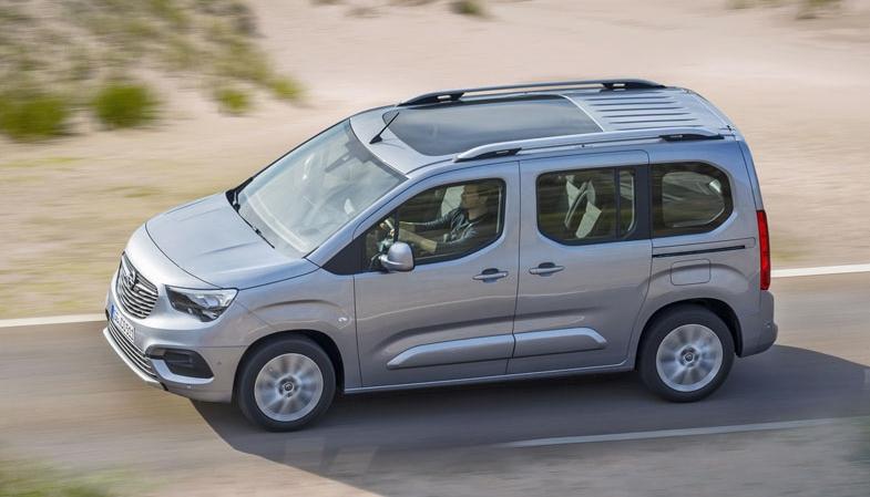 Opel Combo Life doplnil dvojici Berlingo-Peugeot na výrobní lince